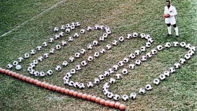 Photo of ڤیدیۆ: 51 ساڵ پێش ئێستا پێلێی ئەفسانەی ناوداری تۆپی پێ گۆڵی ژمارە 1000ی خۆی تۆمار کرد